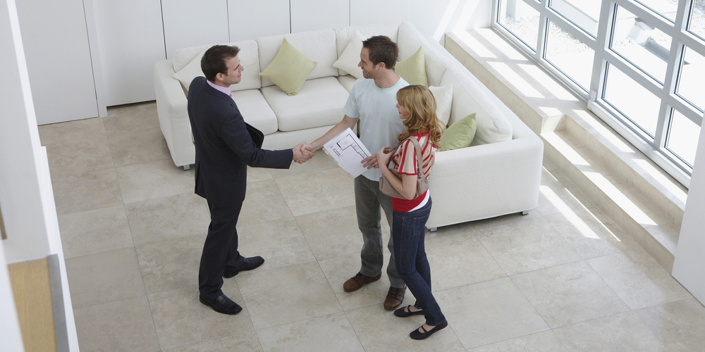 looking-for-a-business-loan-and-buying-a-house-at-the-same-time-heres-what-to-do