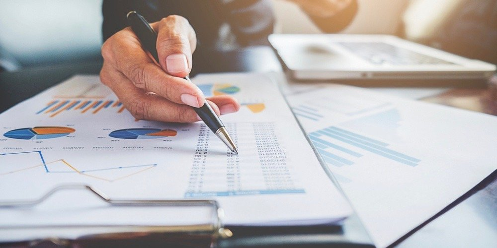 the basic principles of accounting Accounting principles serve as bases in preparing, presenting and interpreting financial statements they provide a foundation to prevent misunderstandings between and among the preparers and users of financial statements.