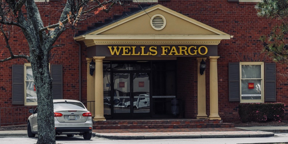 wells fargo small business checking