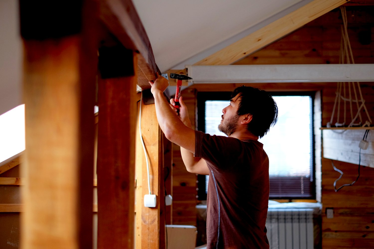 How to Start a House-Flipping Business: Your Essential Toolkit