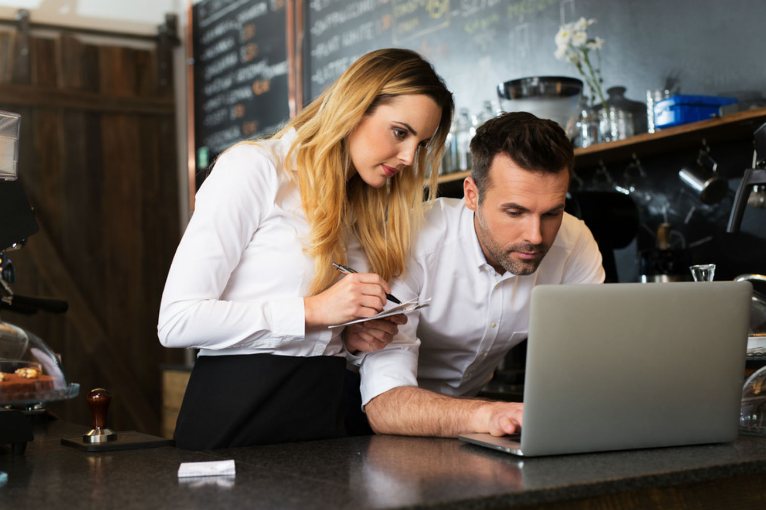 start-a-business-with-someone-you-met-online