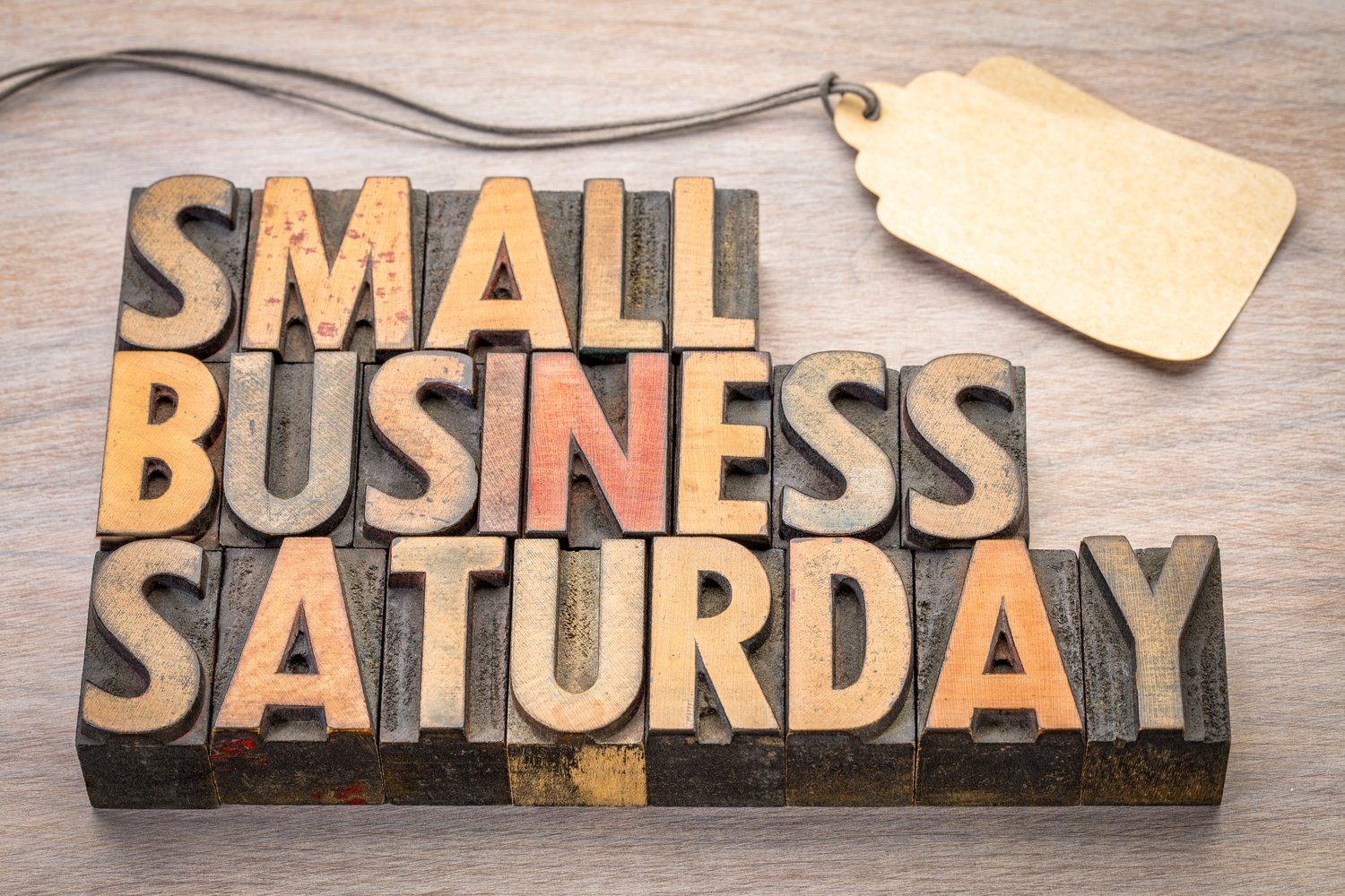 ways to stand out on small business saturday